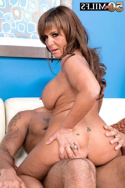 Hungry milf cassidy gains inflexible ebon shlong in her a-hole last of all