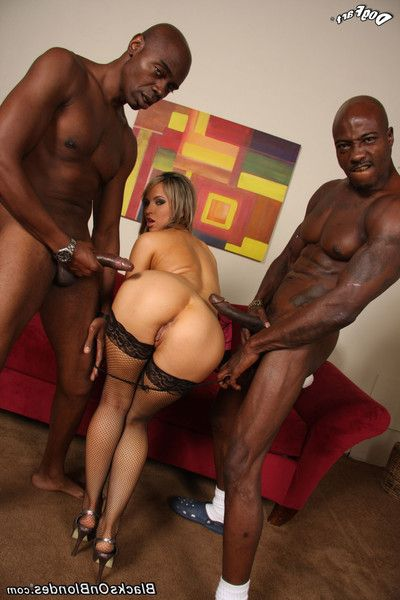 Concupiscent youthful aleska diamond nailed by twofold huge cocked ebon chaps