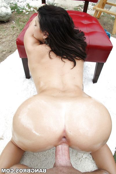 Dark-haired exemplar with loved enormous boobies is percussion in the garden