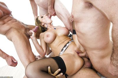 Damp MILF in  Nikki Sexx is adores hardcore groupsex with lascivious males