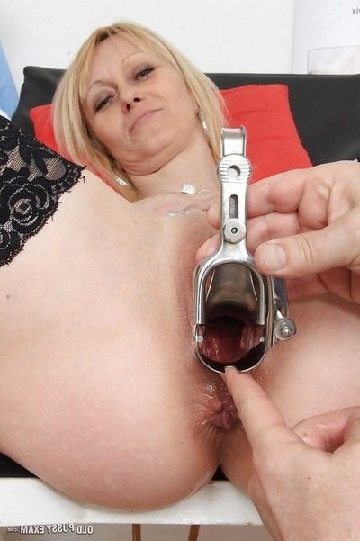 Ripened blond lady Nelly having seasoned wet crack examined by dirty doctor