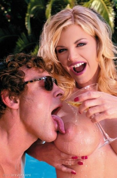 Vast boobed blond vicky vette drilled in pool anal MMF