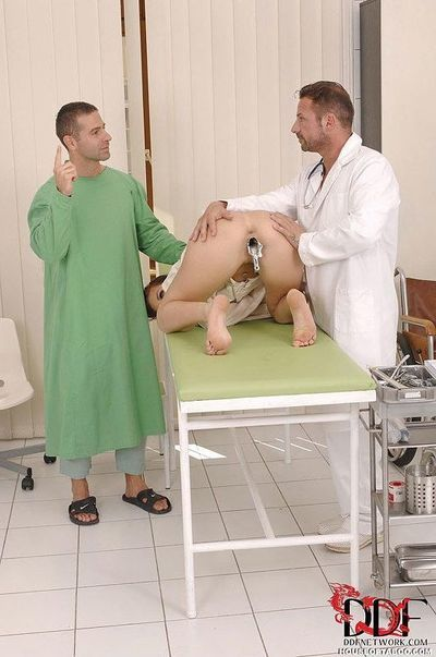 Mira Sunset acquires anally screwed with banging apparatus by pervy Fetish Gyno doctor