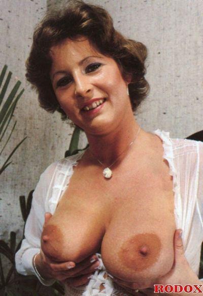 Vintage gloryhole anal group sex in retro photos