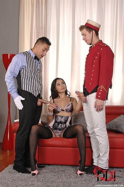 European cougar Kristall Rush sporting anal gape exactly after hardcore MMF Threesome