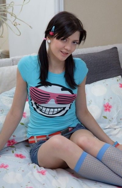 Sweet boozed teenie keen to do mean things with her male