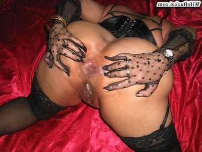 Housewives love getting screwed and undressed
