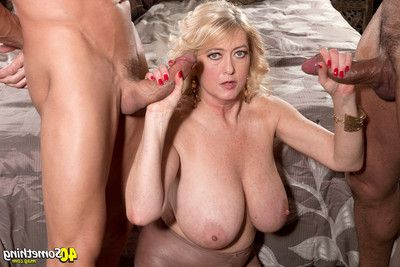 Rheina shine images in anal MMF sexual act