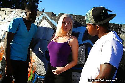 Jenna ivory enjoys interracial two men plus one female - part 3037
