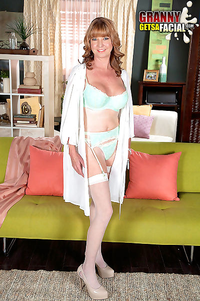 48yearold swapper dee delmar from tampa anal penetrated - part 2300
