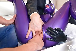 Kinky fetish sex with Latex Lucy feeling sex toys inserted into cunt - part 2