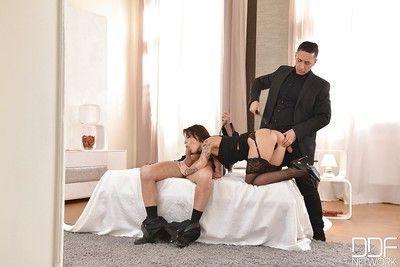 Tattooed Italian fetish enthusiast Nikita Bellucci taking DP in BDSM 3some
