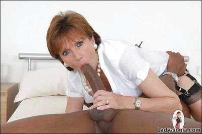 Mature fetish lady has some interracial cock sucking and fucking fun