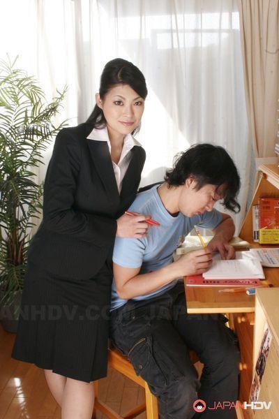 A ronin sleeps with Ryo Sasaki hardcore.