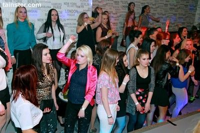 Party hardcore with horny chicks and male strippers