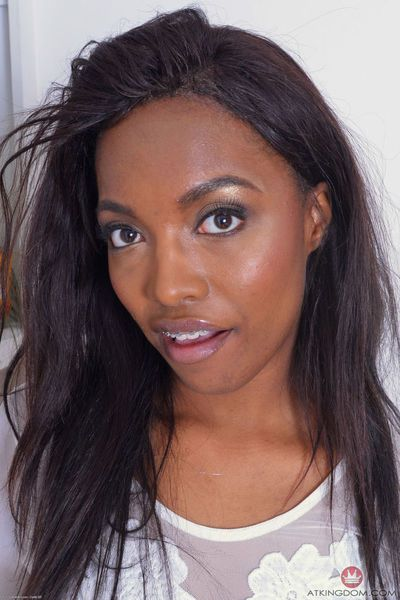 Black amateur girl Daya Knight gets naked for parting of labia lips