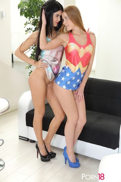 Young stunners alexis crystal and lady dee enjoy 3some with a st