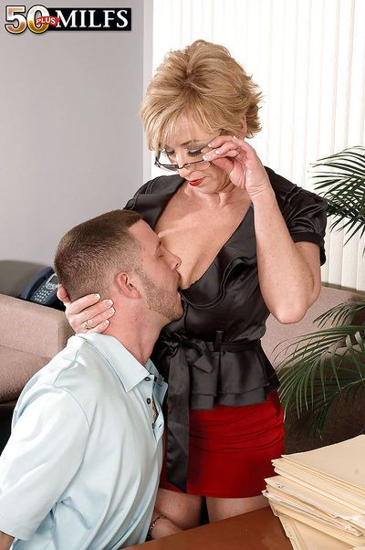 Mature office slut in glasses Chanel Carrera scoring a thick dong on the table