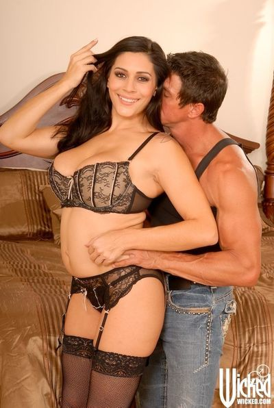 Latin MILF babe Raylene gets a huge dick pushing into her eager cunt