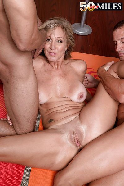 Older woman Jenna Covelli sucking and fucking 2 large cocks at same time