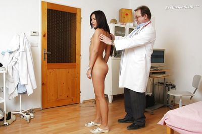 Fuckable brunette withh tanned skin gets examed by a naughty gyno