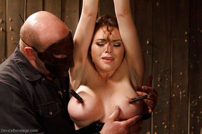 Curvy MILF Krissy Lynn experiences mouth spreading and nipples torture