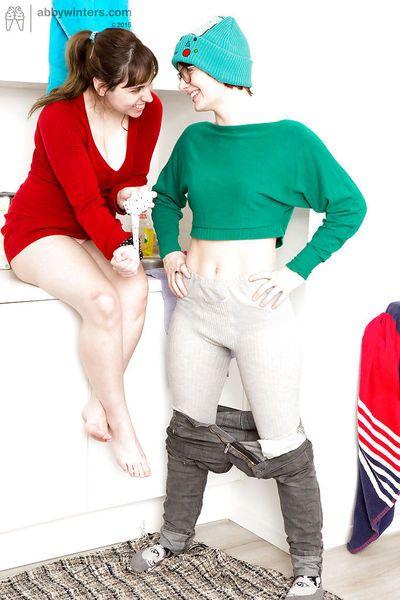 Big tit lesbian brunette amateurs Anahi and Yara licking each other