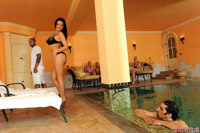 Huge black dick giving aletta a sex massage and shares pussy