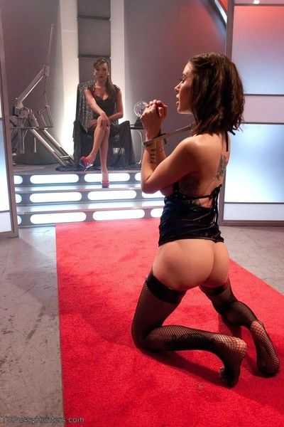 Space, final frontier for fucking venus lux & gia dimarco!