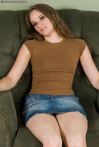 Young amateur Nikki flashing upskirt underwear before stripping naked