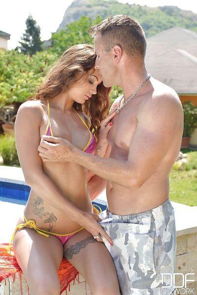 Young bikini model Susy Gala sucking cock outdoors during 69 sex