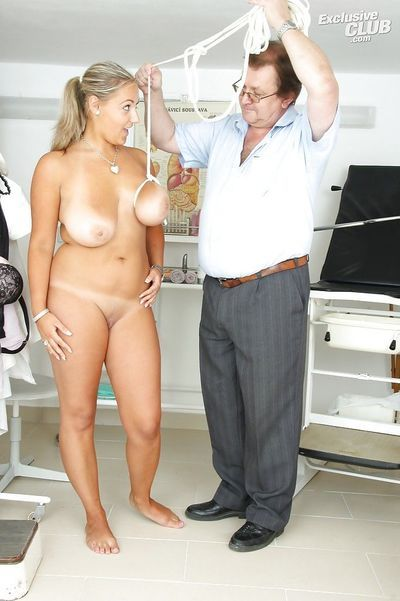 Big-tittied slut Krystal Swift visits her gyno and does fetish tricks