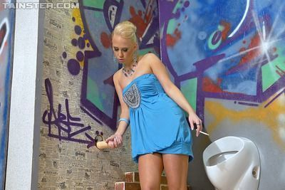 Sexy babe Carla Cox gets fucked and bukkaked through a glory hole