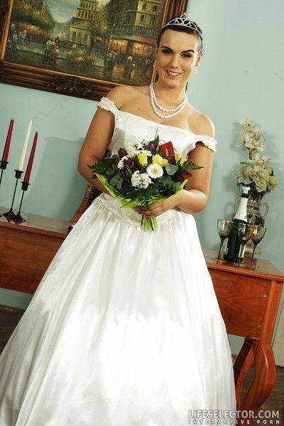 Unfaithful bride kinky groom what a wedding