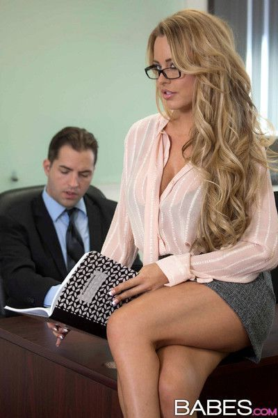 Corinna blake seduces her boss with her juicy boobs