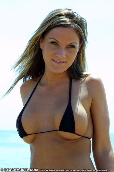 Cameltoe bikini thong