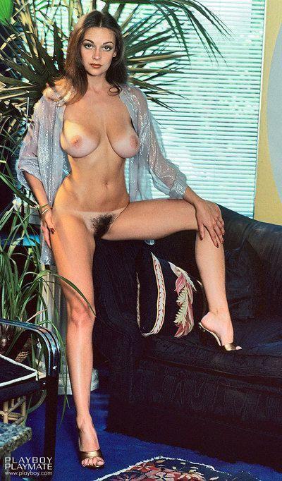 Sexy babe Liz Glazowski with big boobs spreads to air natural hairy beaver