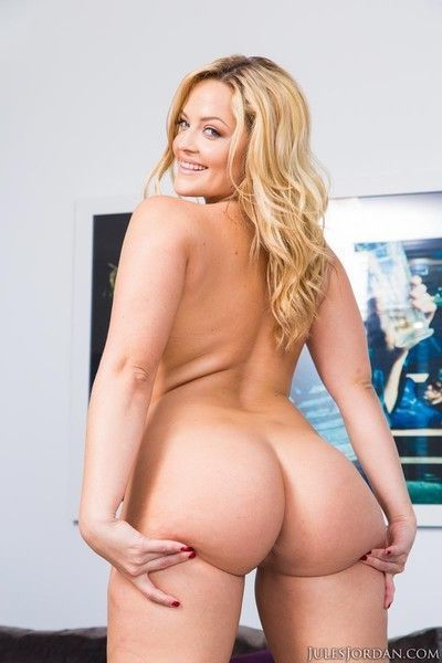 Blonde with a huge ass in action