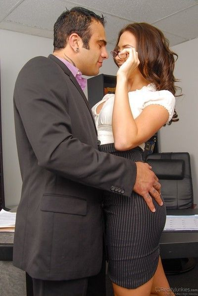 MILF secretary Chanel Preston getting fucked by Sascha on desk in office