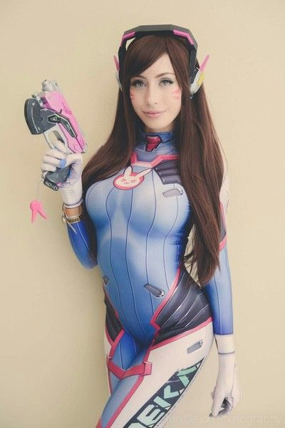 D.Va Cosplay by Elise Suicide (Overwatch)