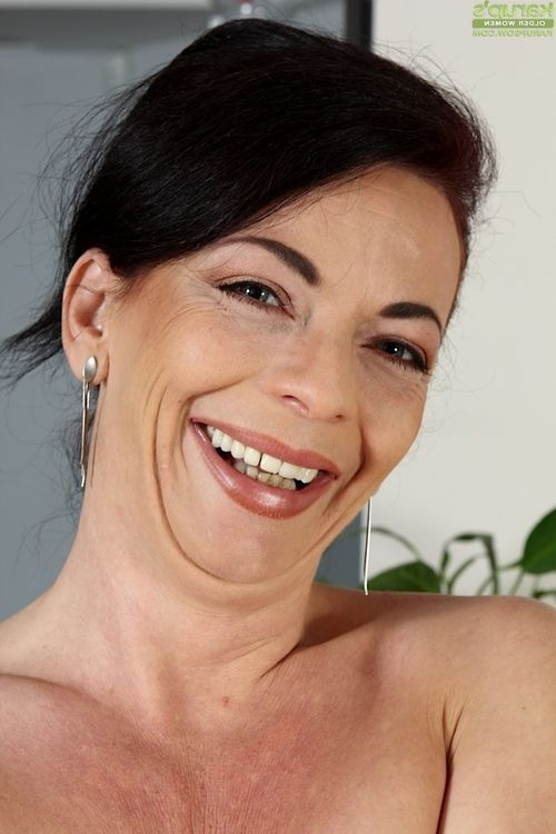 Zoe Gyro